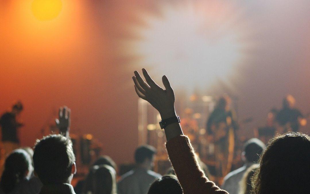 Menschen auf Konzert